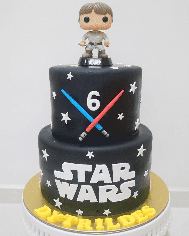 Comely Luke Skywalker Cake