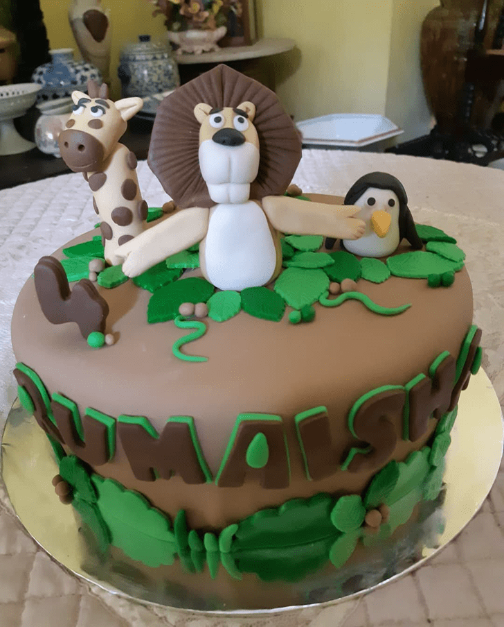 Beauteous Madagascar Cake