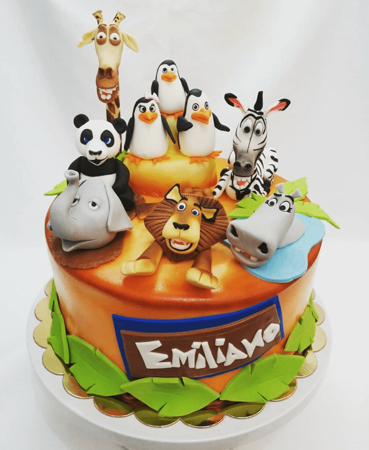 Captivating Madagascar Cake