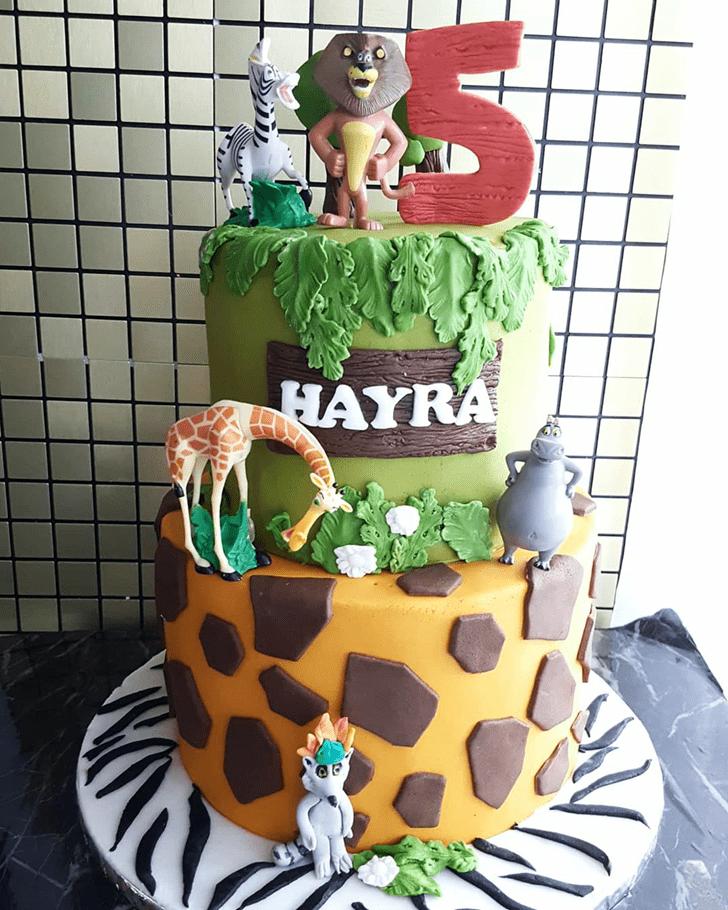 Comely Madagascar Cake