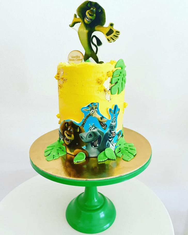 Divine Madagascar Cake