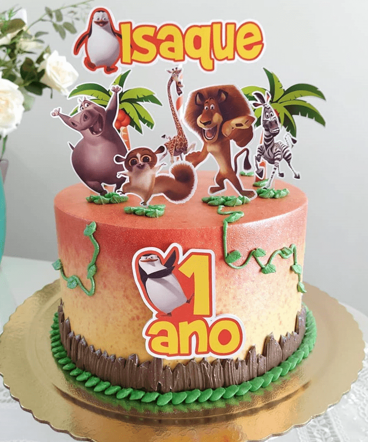 Inviting Madagascar Cake