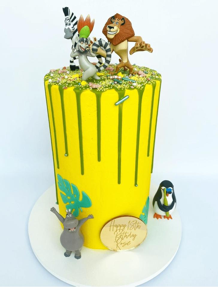 Pleasing Madagascar Cake