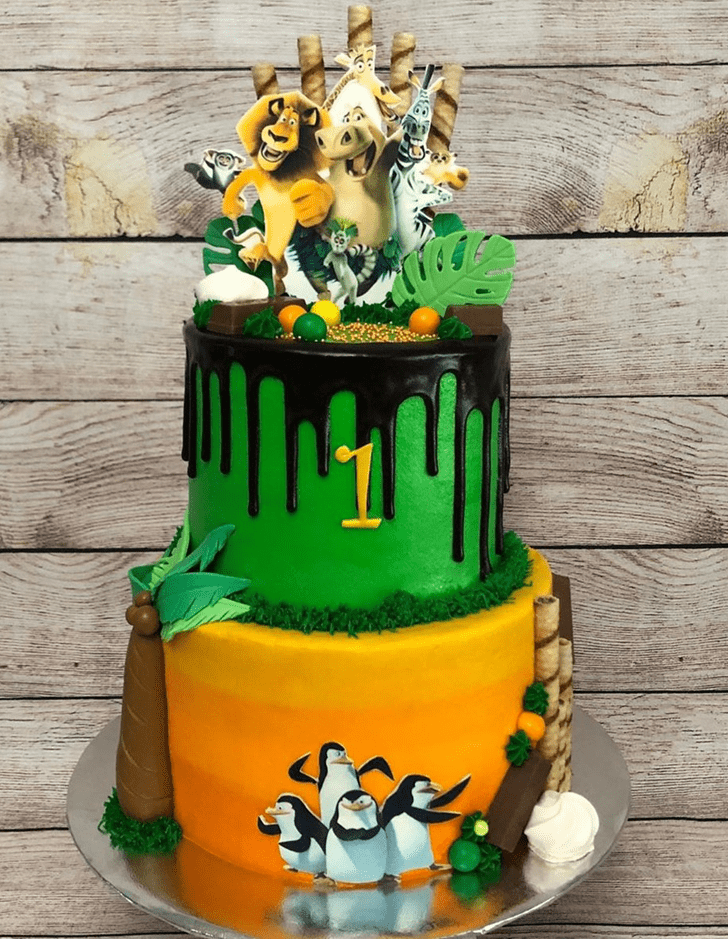 Pretty Madagascar Cake