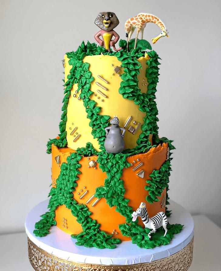 Shapely Madagascar Cake