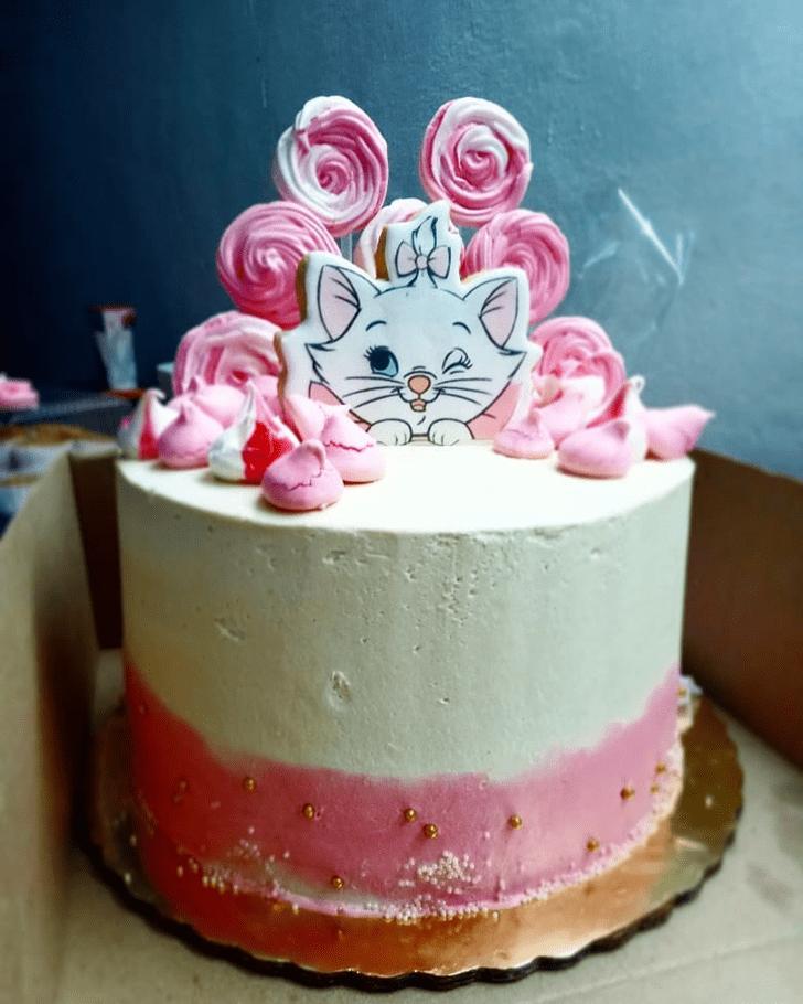 Enticing Disneys Marie Cake