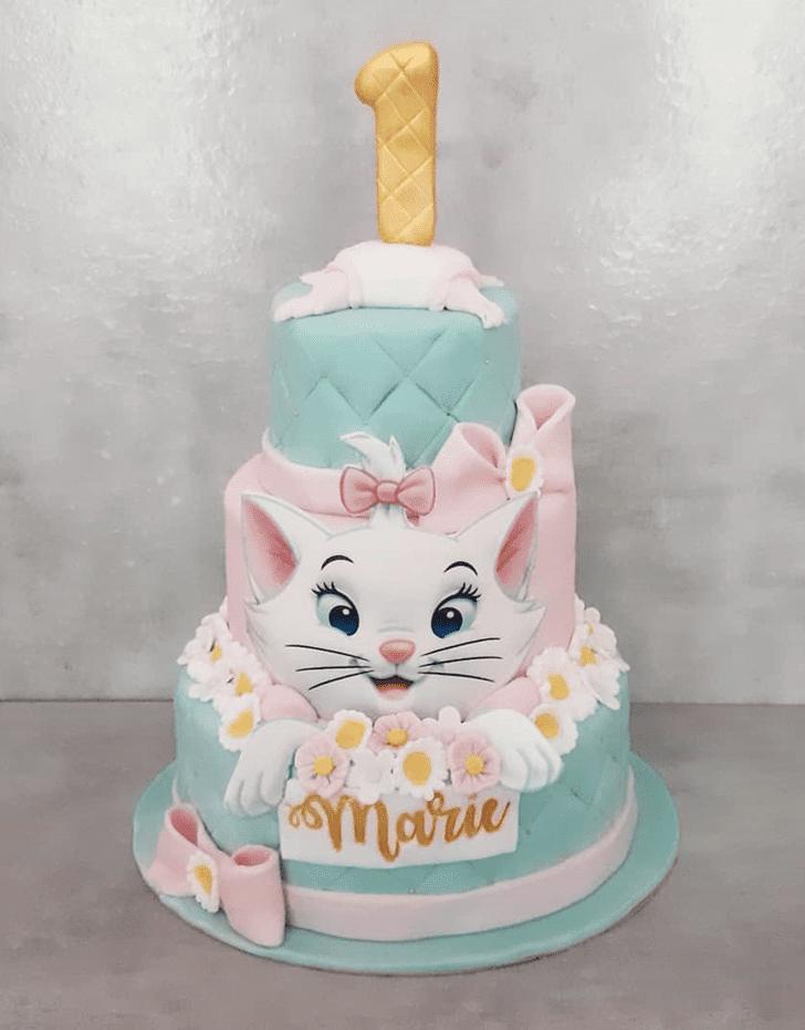 Grand Disneys Marie Cake