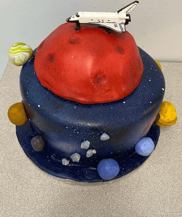 Adorable Mars Cake
