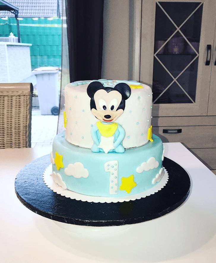 Dazzling Micky Mouse Cake