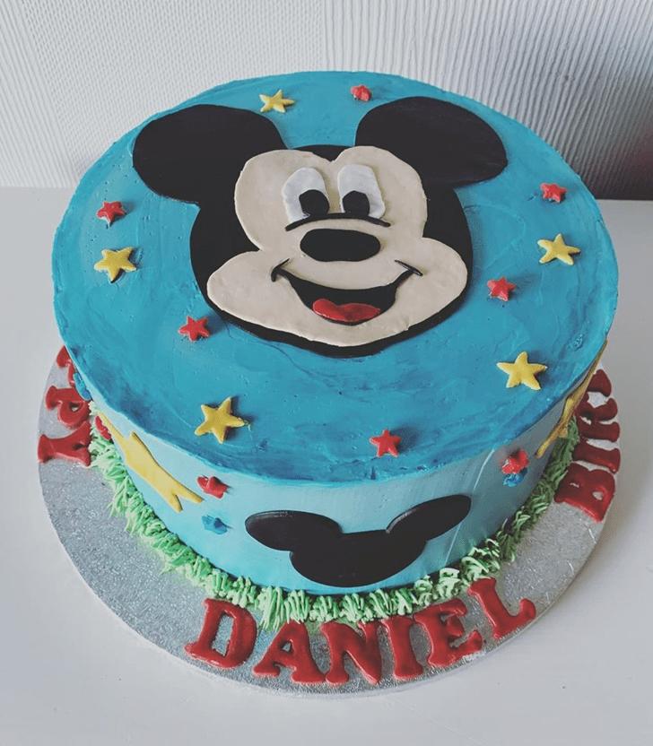 Divine Micky Mouse Cake