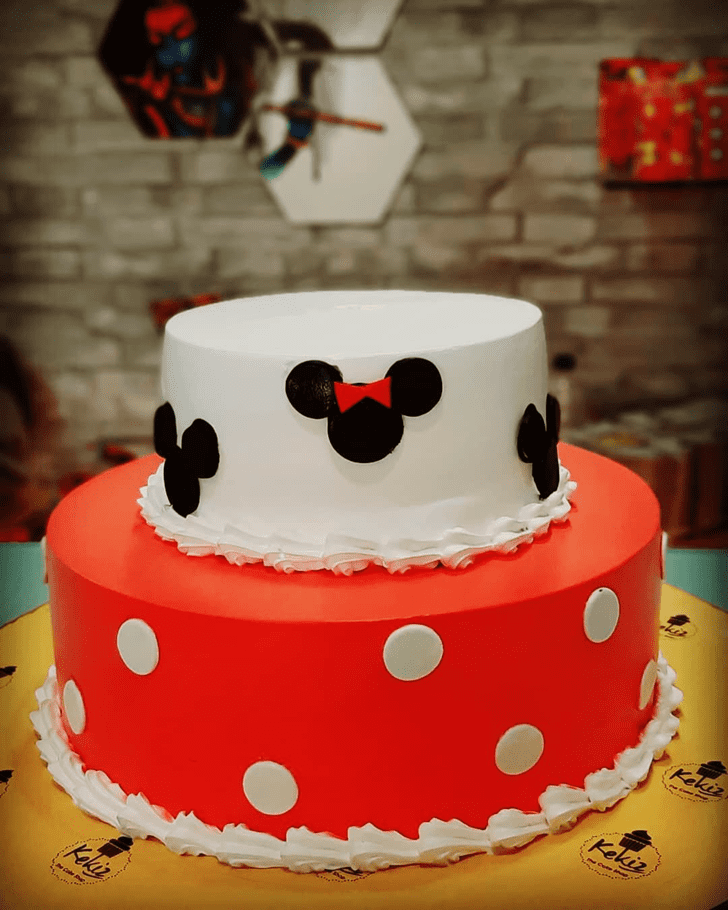 Enthralling Micky Mouse Cake