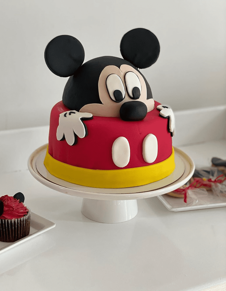 Fascinating Micky Mouse Cake