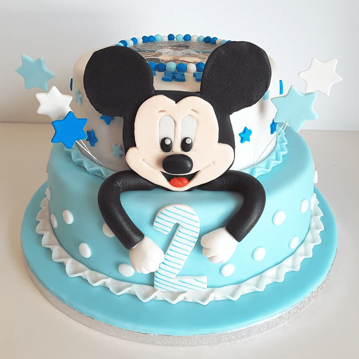 Good Looking Micky Mouse Cake