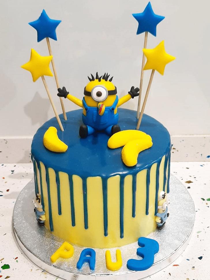 Classy Minions Cake