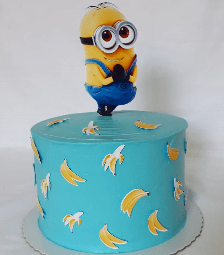 Comely Minions Cake