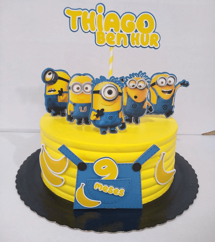 Excellent Minions Cake