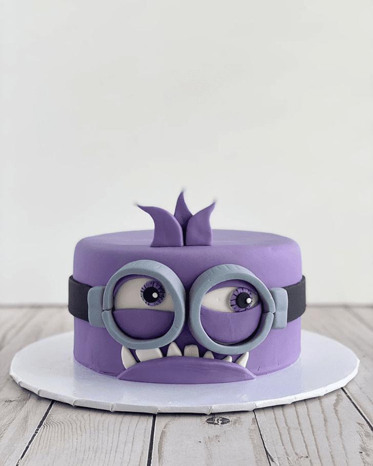 Resplendent Minions Cake