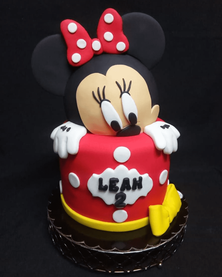 Bewitching Minnie Mouse Cake