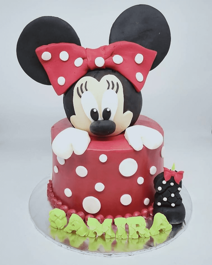 Excellent Minnie Mouse Cake