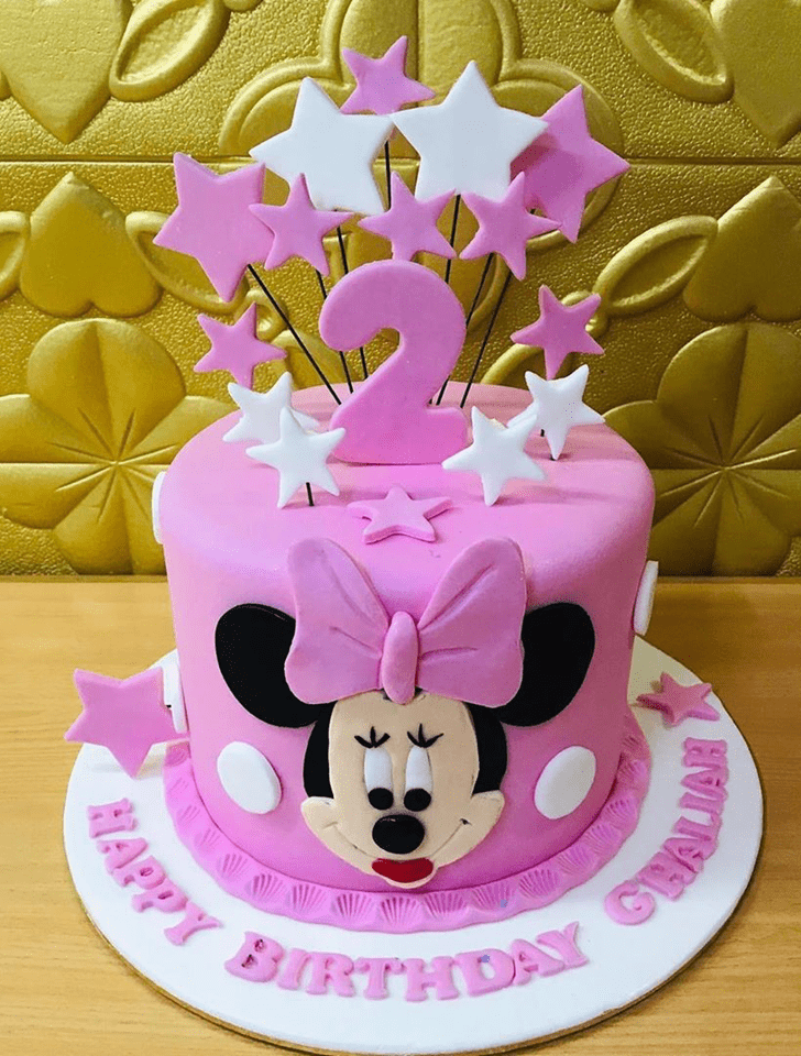 Lovely Minnie Mouse Cake Design