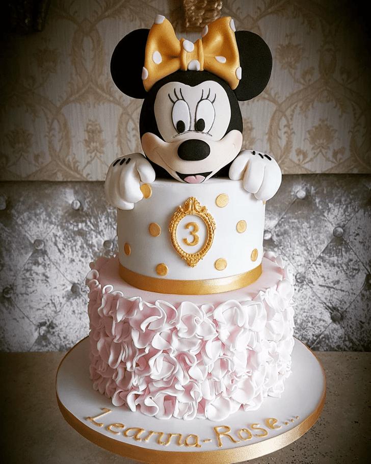 Nice Minnie Mouse Cake