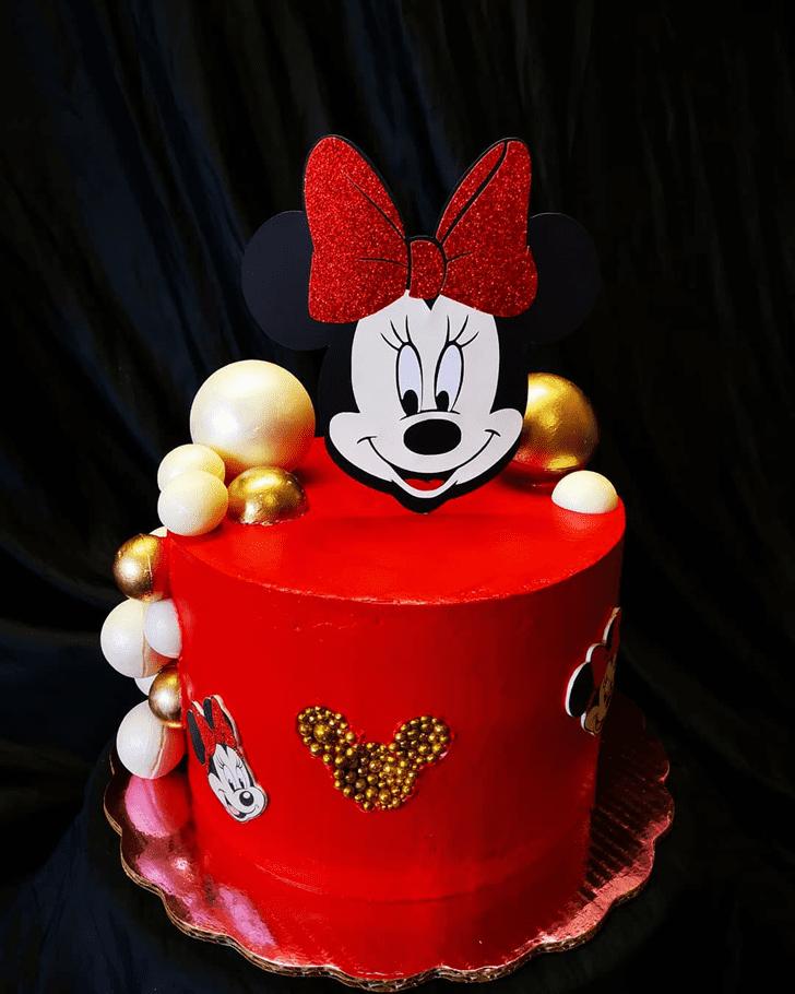 Slightly Minnie Mouse Cake