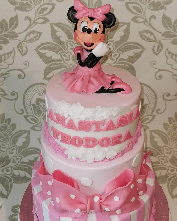 Splendid Minnie Mouse Cake