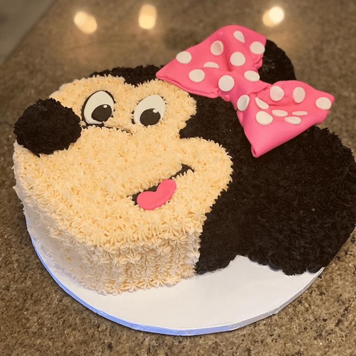 Superb Minnie Mouse Cake