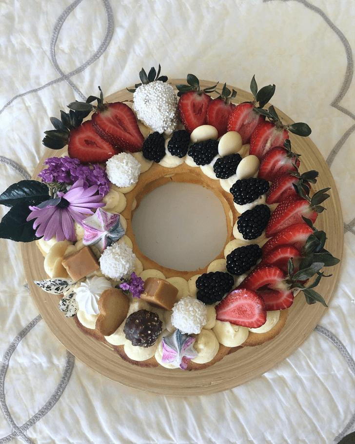 Charming Mixed Cake