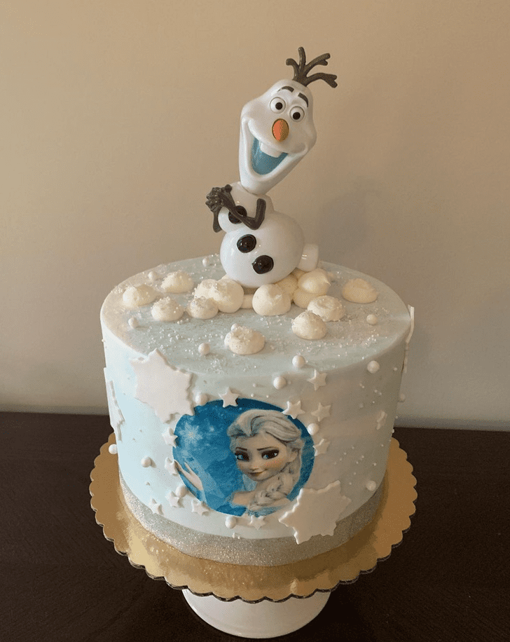 Bewitching Olaf Cake