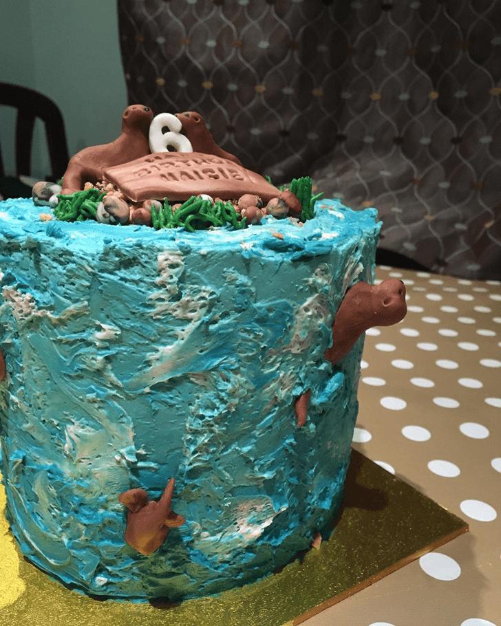 Elegant Otter Cake