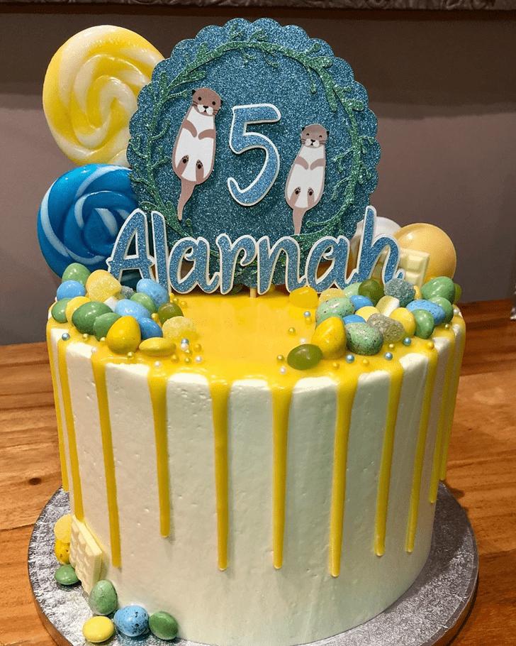 Grand Otter Cake