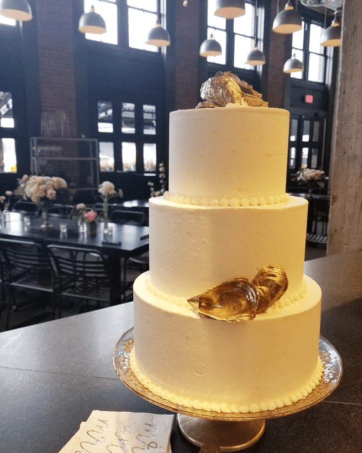 Charming Oyster Cake