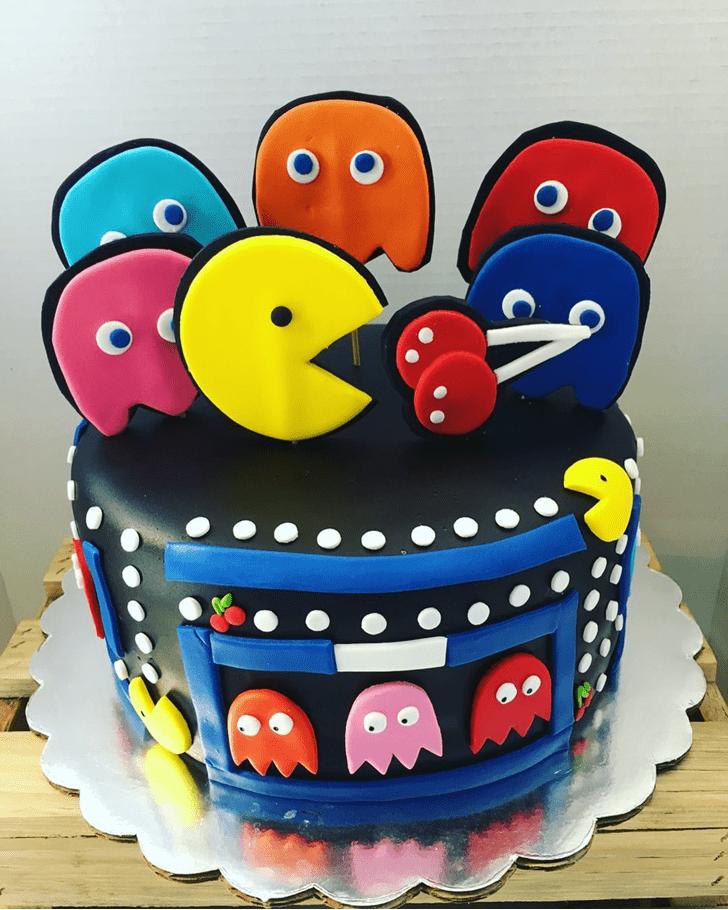 Nice PacMan Cake