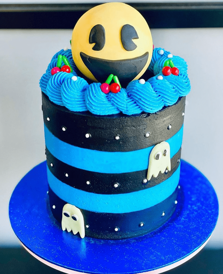 Splendid PacMan Cake