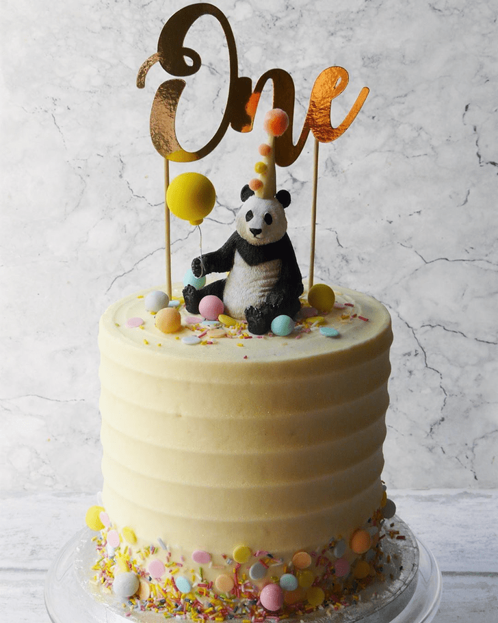 Graceful Panda Cake