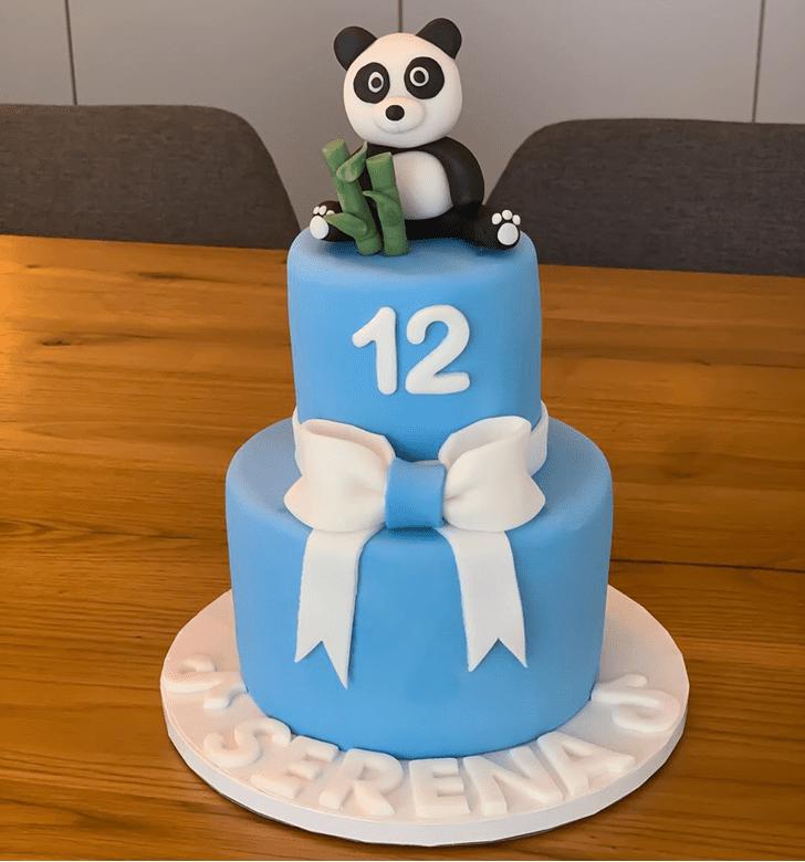 Grand Panda Cake