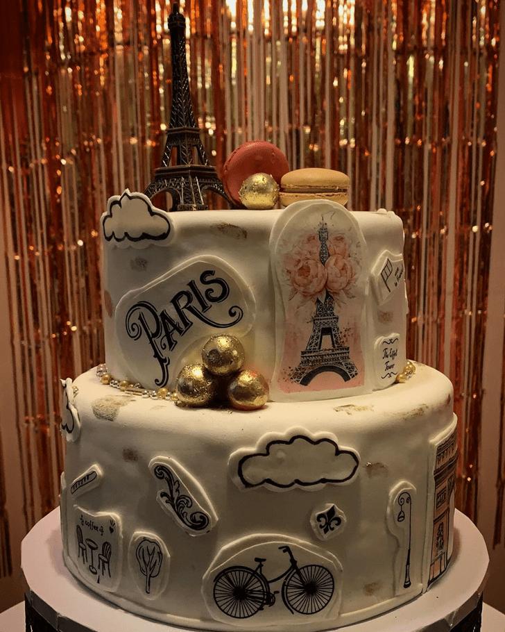 Comely Paris Cake