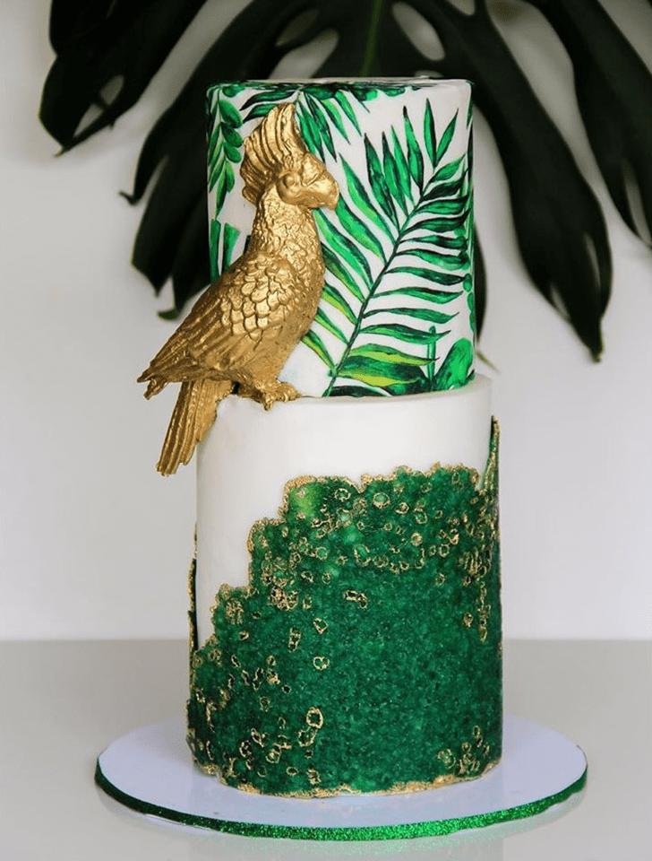 Admirable Parrot Cake Design