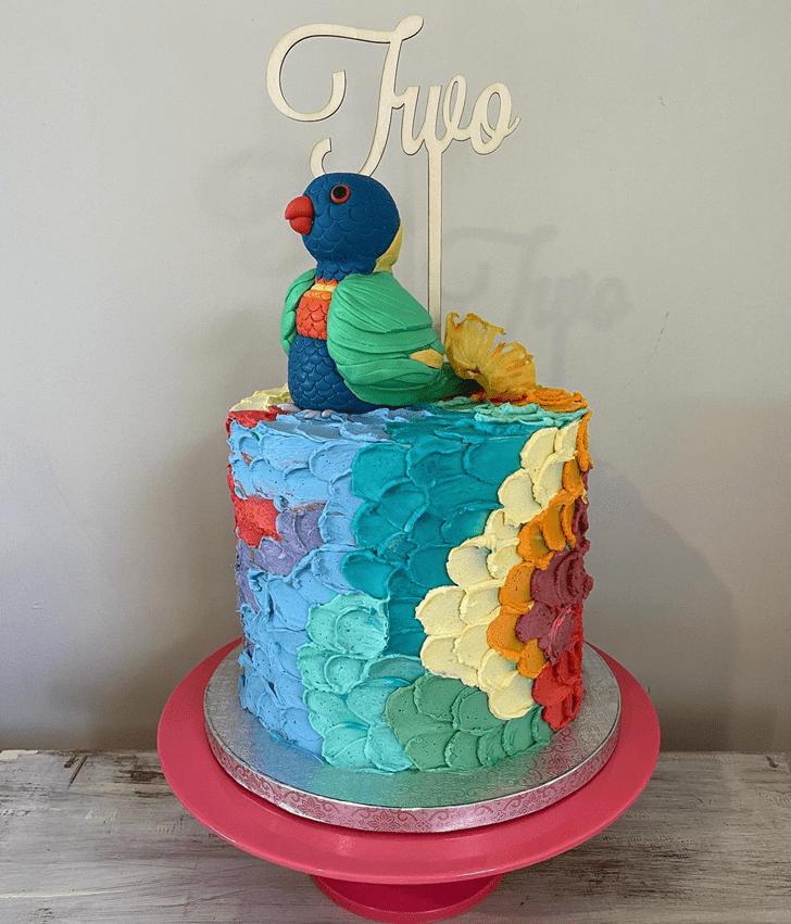 Elegant Parrot Cake