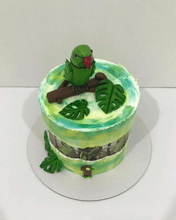 Fine Parrot Cake