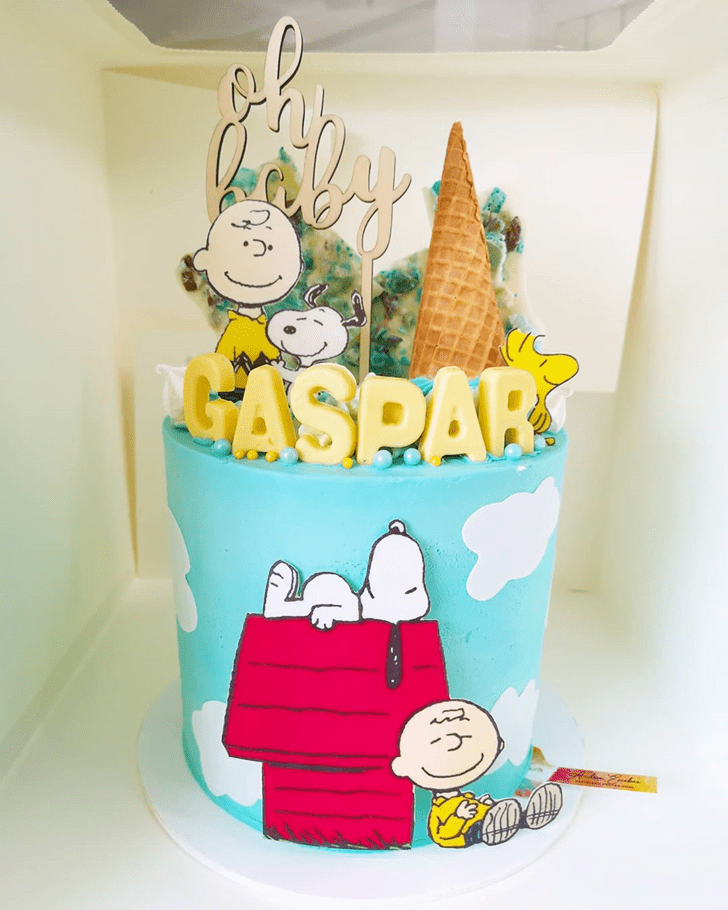 Angelic The Peanuts Movie Cake