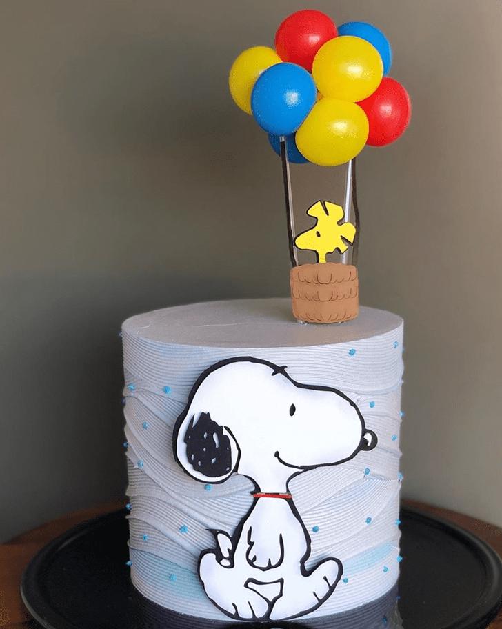 Mesmeric The Peanuts Movie Cake