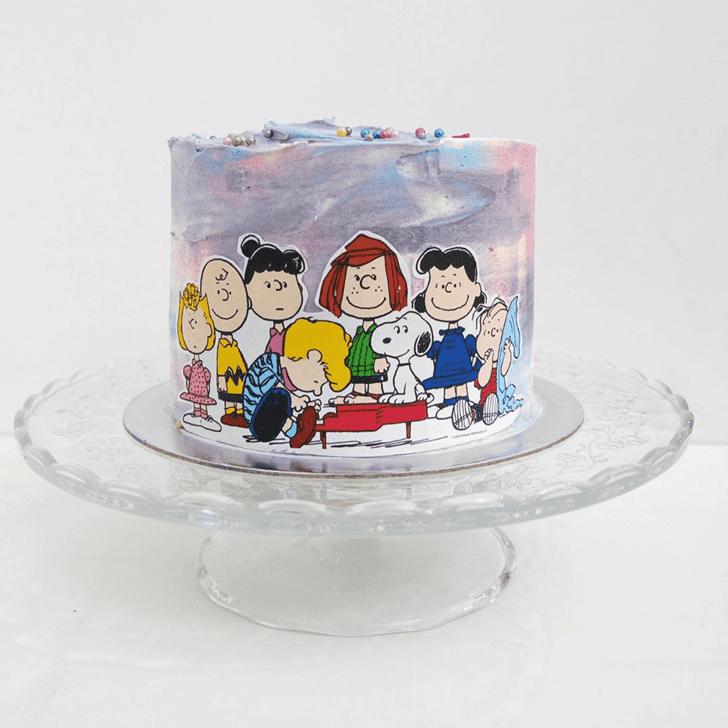 Pretty The Peanuts Movie Cake