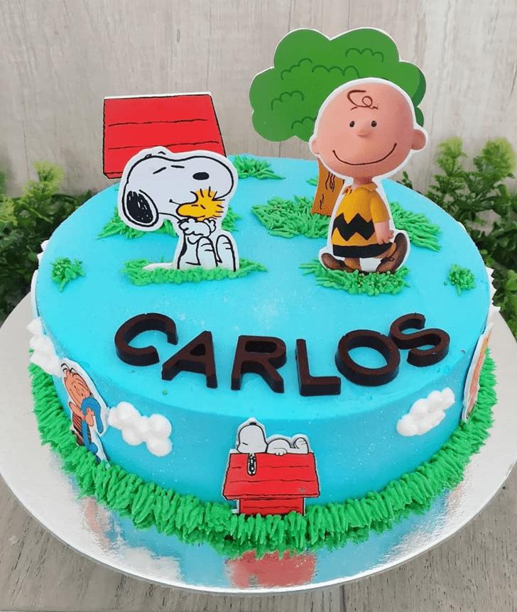 Slightly The Peanuts Movie Cake