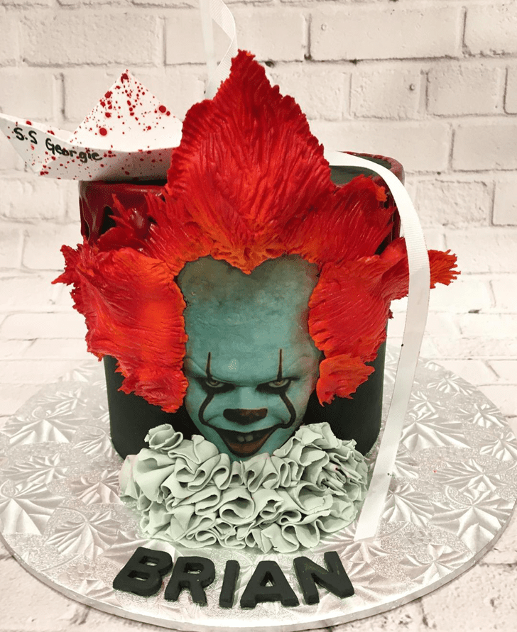 Beauteous Pennywise Cake