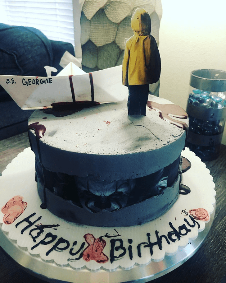 Bewitching Pennywise Cake