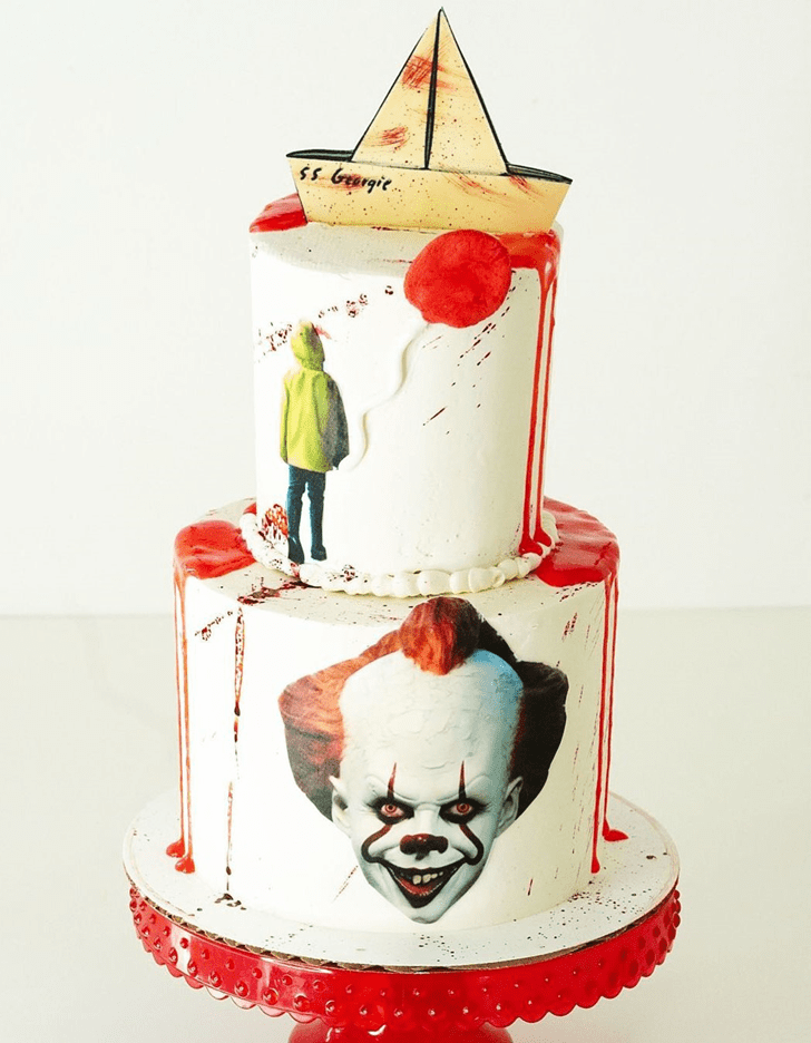 Captivating Pennywise Cake