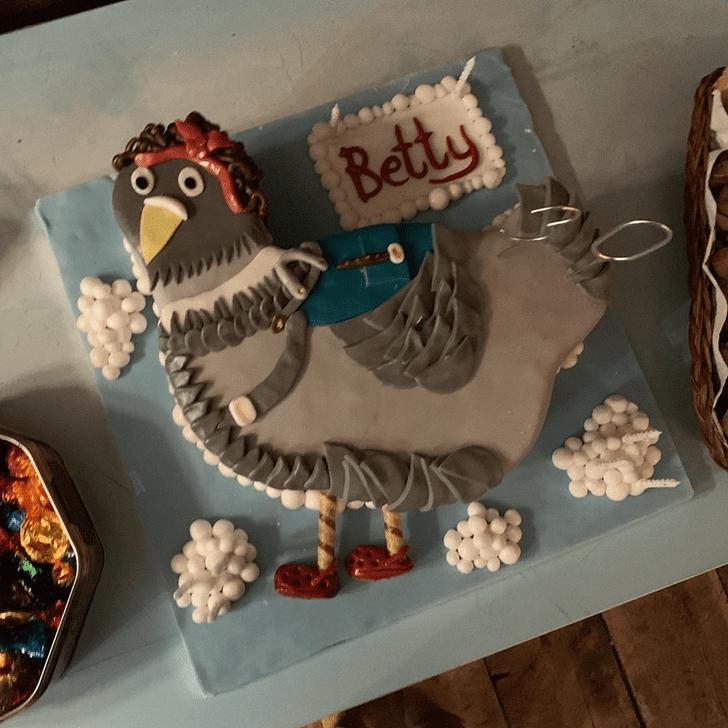 Beauteous Pigeon Cake
