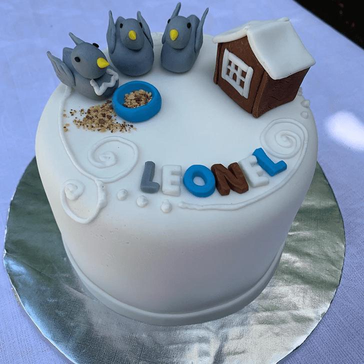 Mesmeric Pigeon Cake